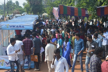 Mega jobmela at rajamahendravaram